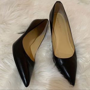 IT Ivanka Trump Black Heels Pumps Leather 8.5 EUC